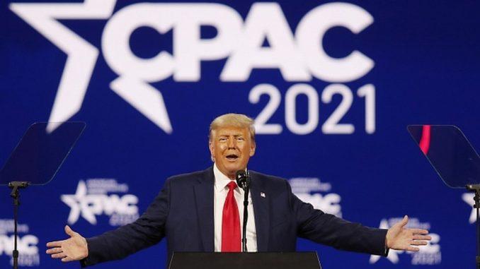 Amerika i politika: Doskorašnji predsednik Donald Tramp najavljuje novu kandidaturu za Belu kuću 2