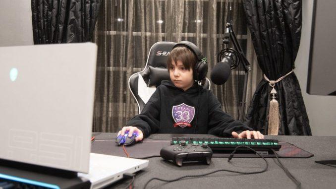 Fortnajt: Od pijaniste do profesionalnog igrača, a tek mu je osam godina 5