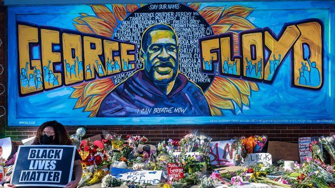 Smrt Džordža Flojda: Počelo suđenje policajcu za ubistvo - svedoci kažu da je molio za život 4