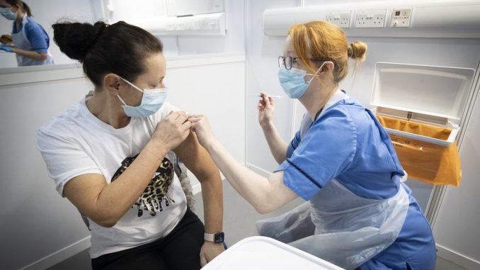 Korona virus: U Srbiji sve više hospitalizovanih - očekuje se nalaz Evropske agencije za lekove o vakcini AstraZeneka 3