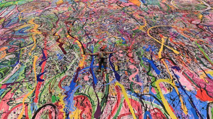 Umetnost i humanitarni rad: Ogromna slika britanskog umetnika zaradila 52 miliona evra za humanitarne organizacije 3