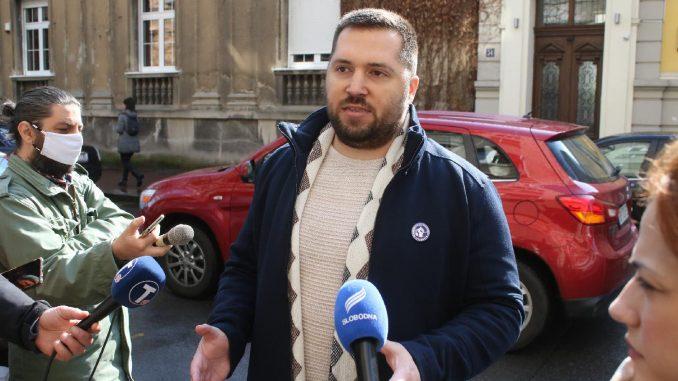 "Vučić ukinuo ""presudu"" frilenserima 4"