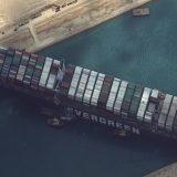 Suecki kanal i dalje blokiran 5