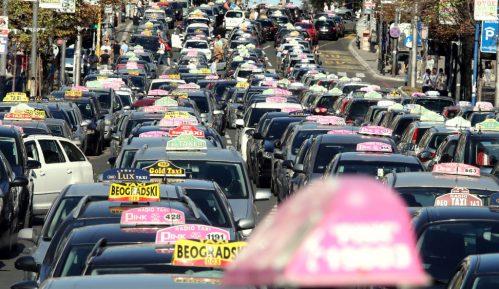 Za kupovinu novih taksija država do sada dala preko pet miliona evra 9