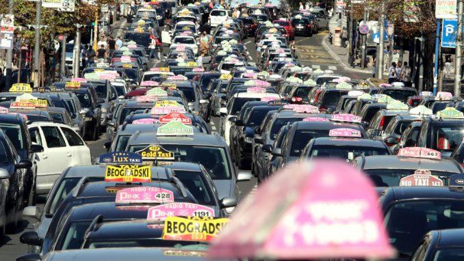 Za kupovinu novih taksija država do sada dala preko pet miliona evra 6