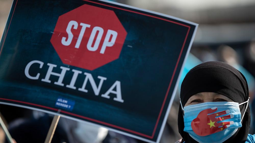 Kinu optužuju za zločine protiv čovečnosti 1