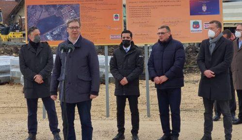 Vučić: Vakcina je spas, oni koji govore protiv nje govore protiv Srbije 2