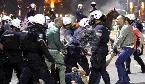 Čak 36 krivičnih prijava zbog brutalnosti policije na julskim protestima 4