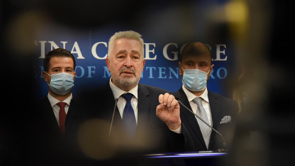 Crna Gora propušta šansu kao Srbija 5. oktobra 1