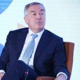 Đukanović i civilni sektor osudili pretnje Bursaću 13