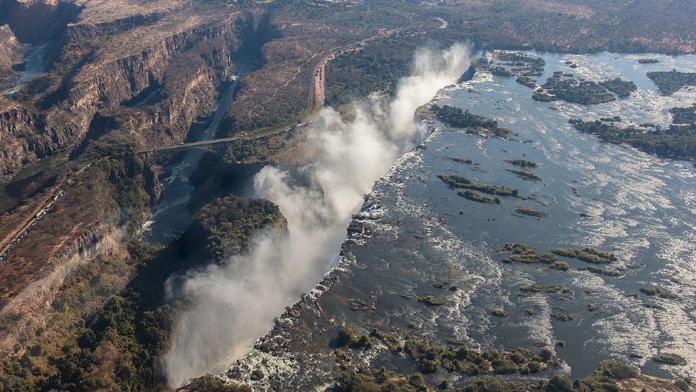 Zimbabve (3): Beli stub vodene prašine 1