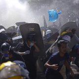 UN: Snage bezbednosti Mjanmara opkolile oko 200 demonstranata 7
