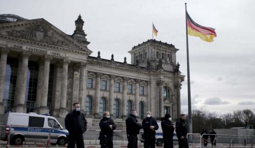 U Nemačkoj više od 16.000 novoobolelih, moguć stroži lokdaun 9