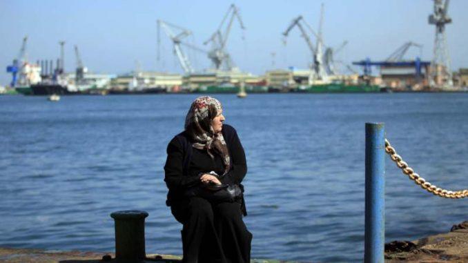 Suecki kanal je ponovo otvoren, ali posedice zaglavljivanja broda ostaju 1