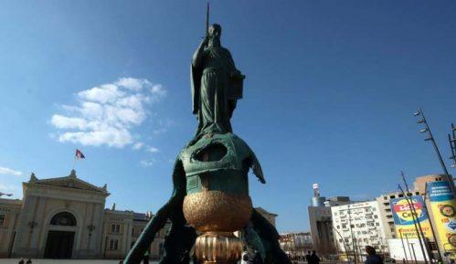 Oštećen spomenik Stefanu Nemanji 4