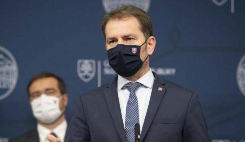 Premijer Slovačke najavio ostavku zbog kritika o sanitarnoj krizi 7