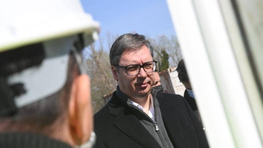 Vučić na otvaranju petlje Batajnica: Urađeno 3,5 kilometara saobraćajnice za 8,8 miliona evra 1