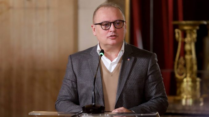Vesić ima negativan imidž i kod glasača SNS 4