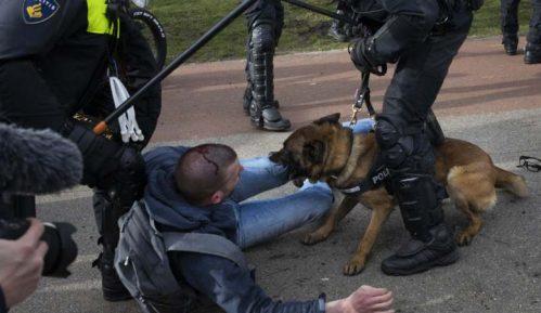 Holandska policija rasturila protest u Hagu uoči izbora 9