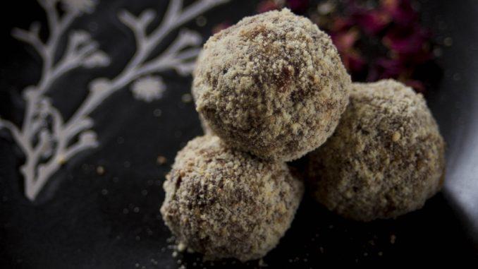 Vege recept: Kuglice sa lešnicima 5
