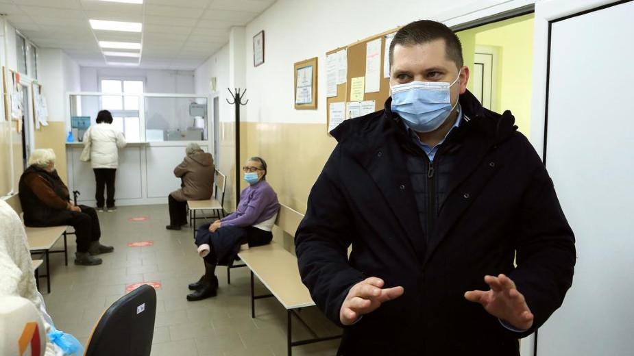 Nikodijević: Mobilni punktovi za imunizaciju svakog dana u drugoj mesnoj zajednici 1