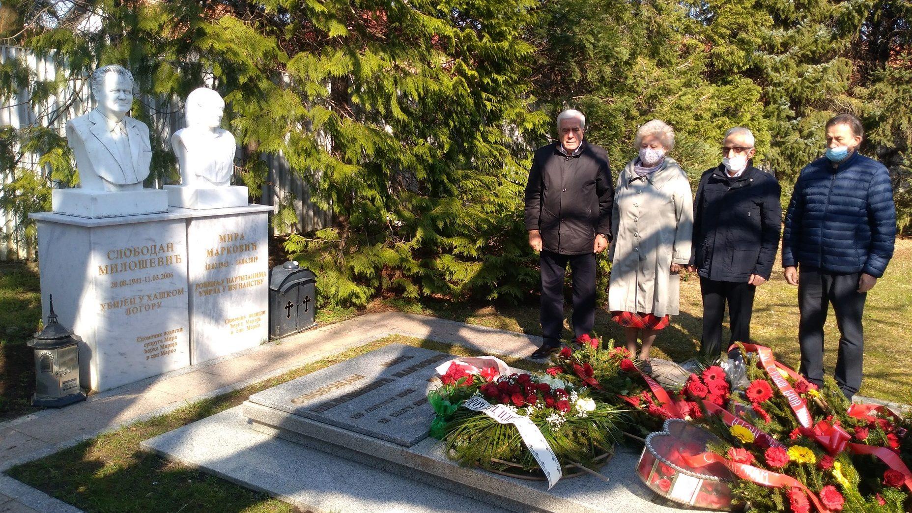 Obeležena decenija i po od smrti Miloševića(FOTO) 1