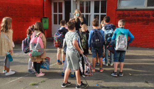 Ministarstvo prosvete: Upis dece u prvi razred osnovne škole počinje sutra 8
