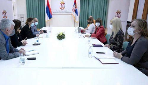 Gojković se sastala sa predstavnicima novinskih udruženja 2