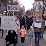 """""""Mame Šapca"""" u protestnoj šetnji protiv zagađenja vazduha (VIDEO) 7"""