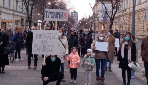 """""""Mame Šapca"""" u protestnoj šetnji protiv zagađenja vazduha (VIDEO) 13"""