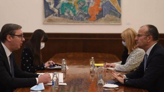 Vučić i Fabrici o vakcinama, slobodi medija, međustranačkom dijalogu 1