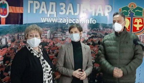 Ana Brnabić o funkcionerskoj kampanji u Zaječaru (VIDEO) 11