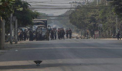 Policija Mjanmara sprovodi racije u Jangonu 7