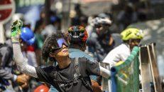 Policija u Mjanmaru suzavcem i bojevom municijom na demonstrante, šest osoba poginulo (FOTO) 2