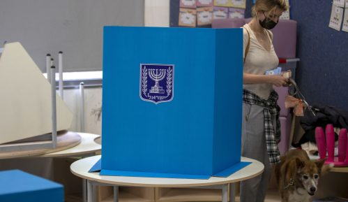 Izlazne ankete: Netanjahuov Likud osvojio najviše poslaničkih mandata, ne i dovoljno za vladu 9