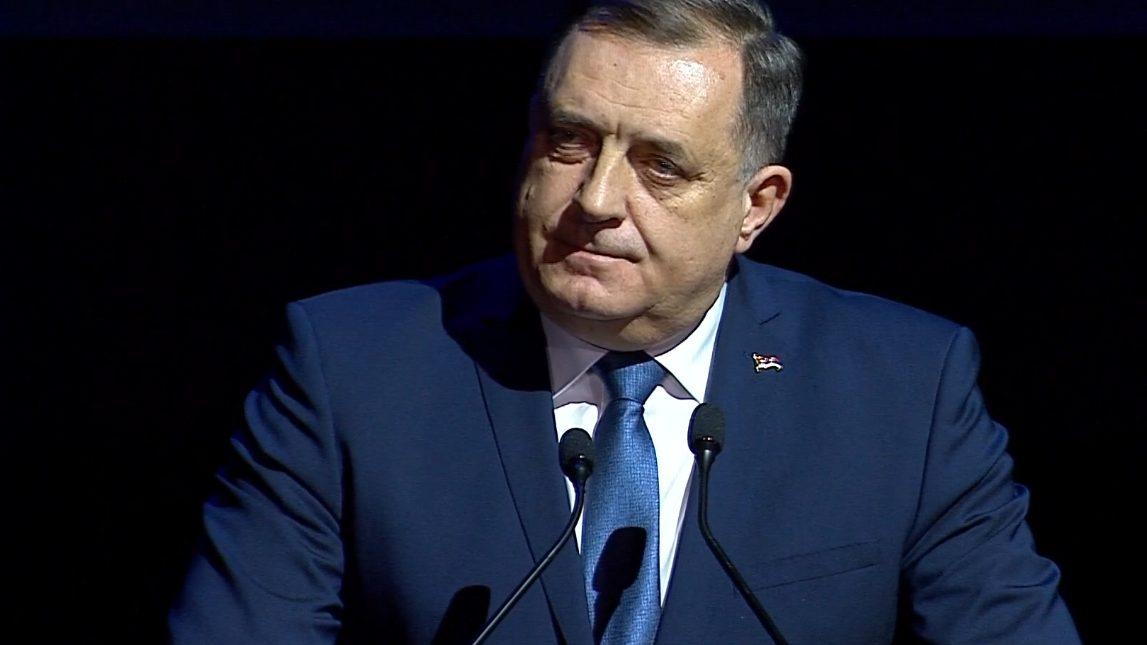 Burno na sednici parlamenta RS: Verbalni obračun Dodika i šefa poslanika Kluba poslanika SDS 1