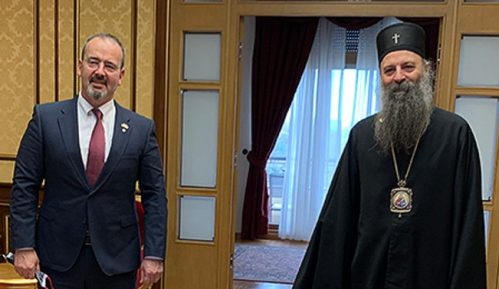 Patrijarh Porfirije razgovarao sa izaslanikom pape Franje i ambasadorom SAD 4