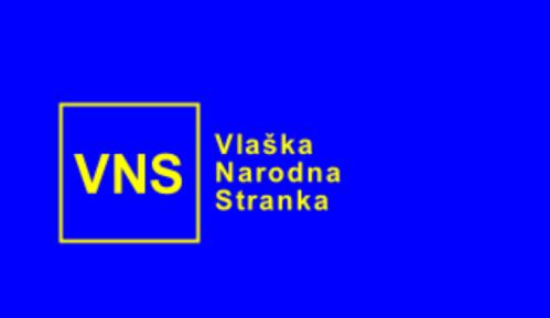 Kamenovane prostorije Vlaške narodne stranke u Boru uoči posete rumunskih parlamentaraca 8