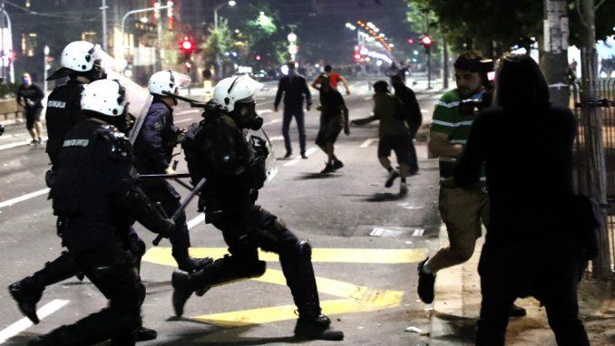 Veljanovski: Vučić voli vlast, biće sve represivniji 4