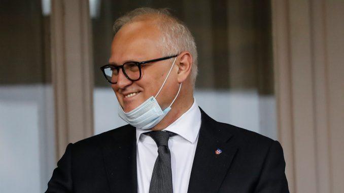 """Javnost traži ostavku, a Vesić se """"izvinjava"""" 3"""