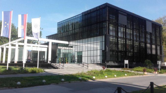 Ministarstvo prosvete krši autonomiju univerziteta i Vojvodine 3