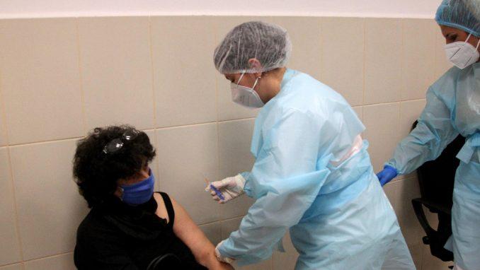 Niš: Sve više zdravstvenih radnika zagovara neizostavnu imunizaciju pripadnika struke 5