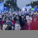 Albanci glasaju na parlamentarnim izborima posle žestoke političke borbe 15