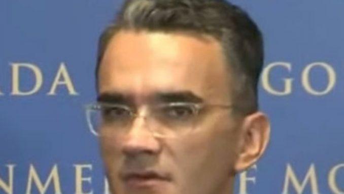 Vladimir Leposavić: Pao na ispitu 1