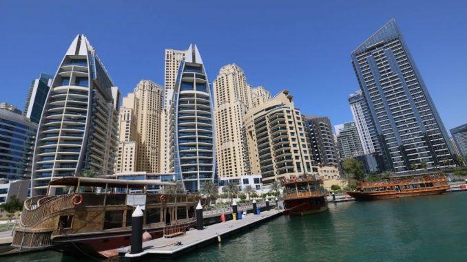 Žene i Emirati: Slikale se gole u Dubaiju, pa završile u zatvoru 4