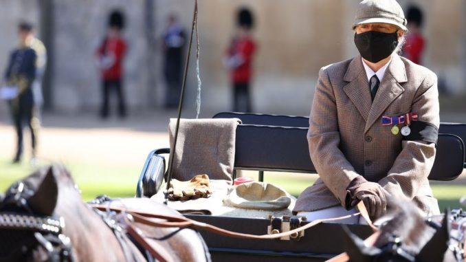 Princ Filip: Pogrebni lend rover i drugi lični detalji na sahrani vojvode 3