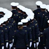 """Francuska: Vojnici i penzionisani generali upozoravaju na """"krvavi građanski rat"""", politička vlast ih osuđuje 10"""