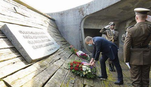 Državni vrh Hrvatske na obeležavanju 76. godišnjice proboja logora u Jasenovcu 7