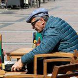 Mađarskoj firmi 10 miliona evra za vitamine za penzionere 14