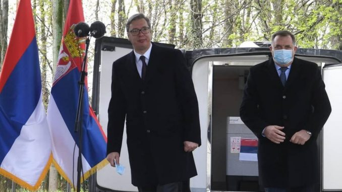 Vučić: Nasmejao sam se kad sam video da piše da sam Stefanoviću nametnuo Dijanu Hrkalović 4
